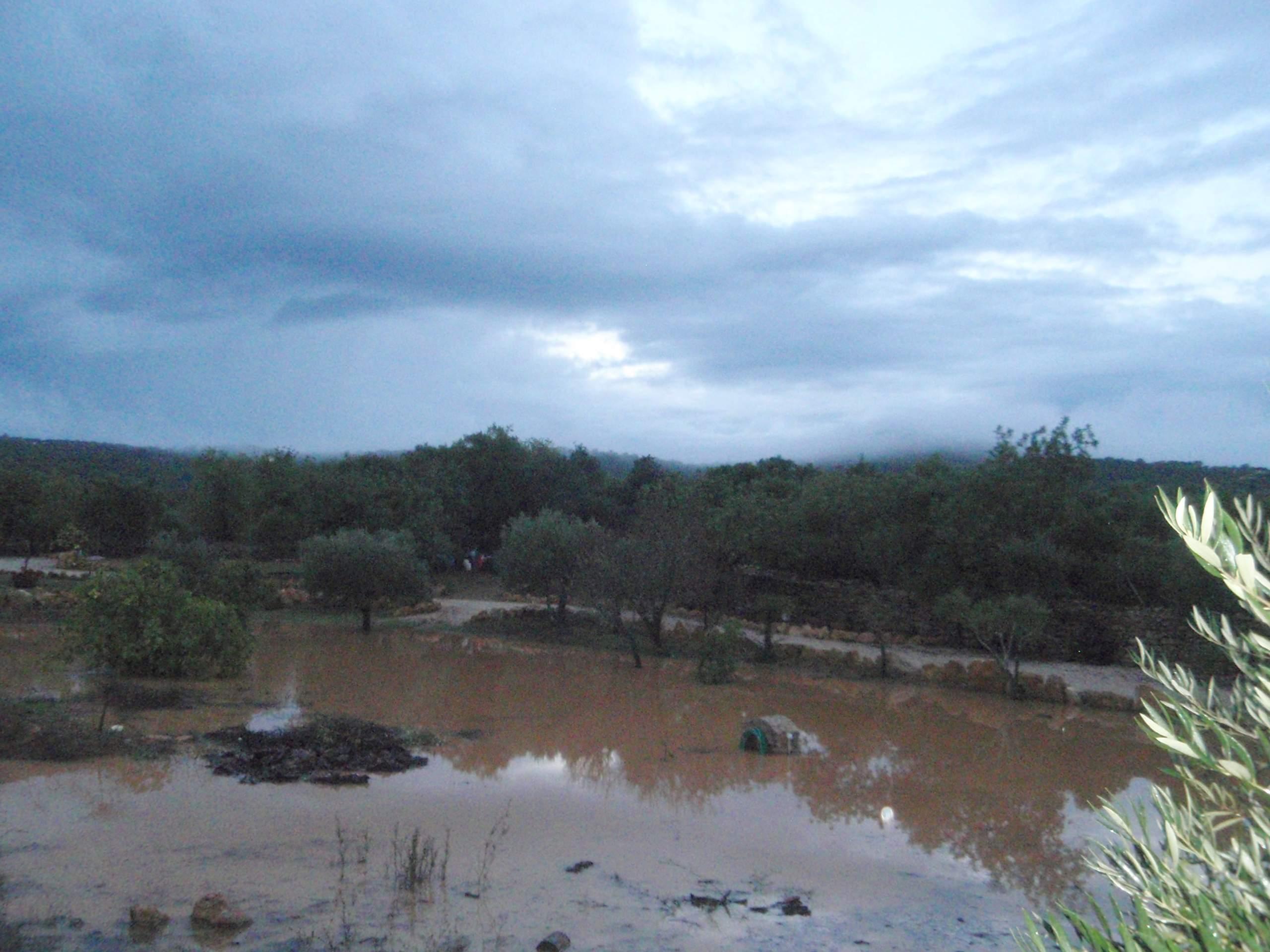 Orage et trombe d eau du 8 11 2012 - Trombe d eau ...